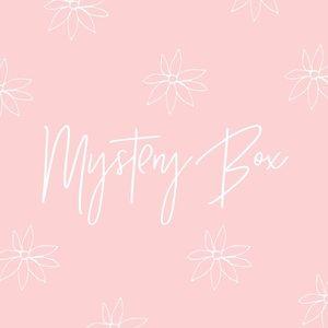 Mystery Box 🌿